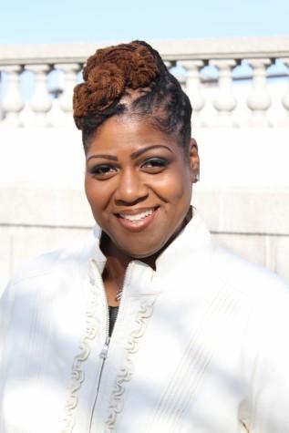 bio photo | Meet Dr. Dwonna | LiveWell Group | Therapist | Cincinnati, OH | 45242