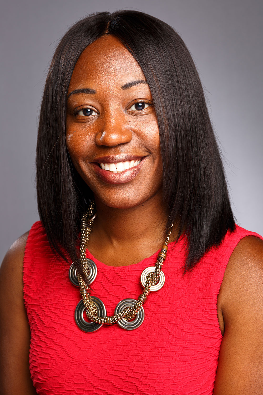bio photo | Meet Latrice | LiveWell Group | Therapist & Counselor | Cincinnati, OH